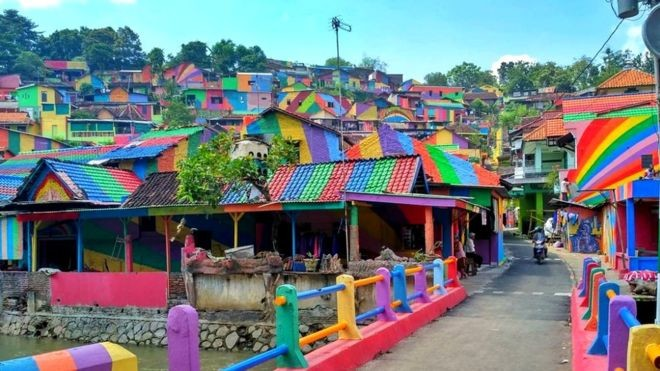 kampung-pelangi-semarang Semarang Pasar Kembang Kampung Pelangi Kalisari