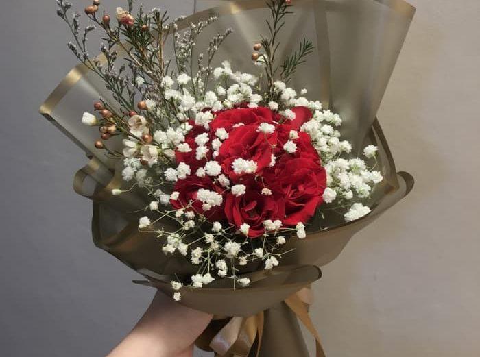 hand-bouquet-murah-700x521 toko bunga murah semarang karangan bunga murah florist murah